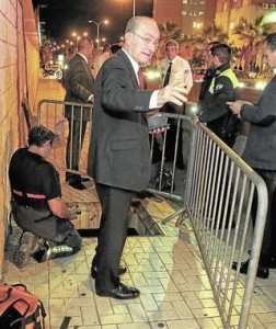 alcalde malaga caida arqueta vazquezabogados.es